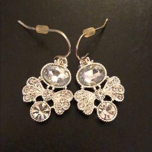 Jewelry - Silver fashion earrings